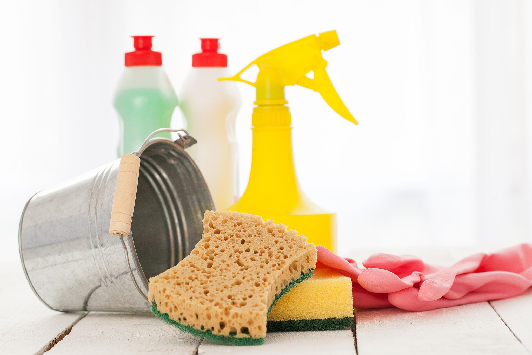 3 Completely Natural, DIY Cleaning Recipes That Take Minutes!