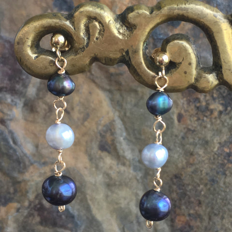 Light and Dark Blue Pearls