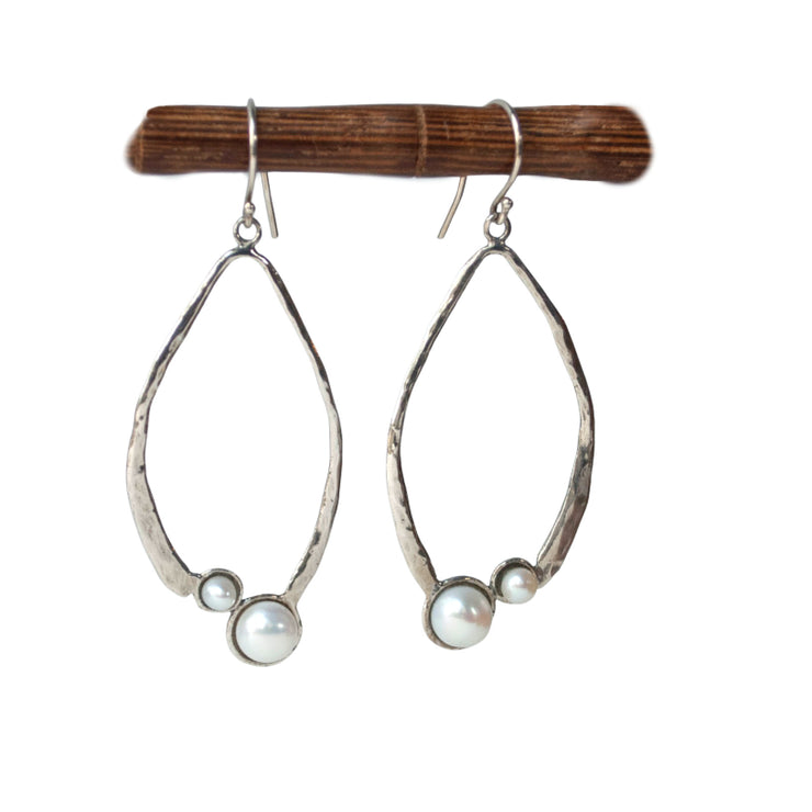 Pop of Pearl Earrings