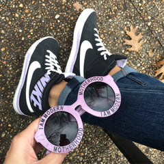 I AM MODERN MOTHERHOOD® | LILAC MAGIC ROUND SUNGLASSES