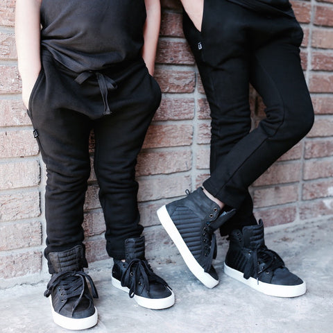 BLACK IS THE NEW BLACK | KIDS SLIM FIT JOGGER WITH POCKETS
