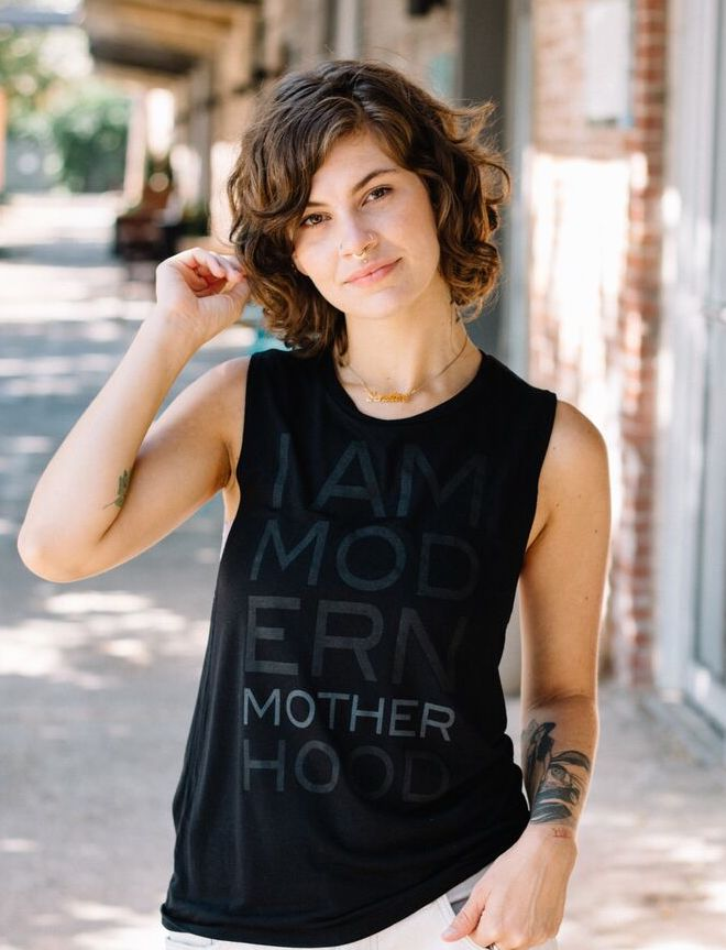 I AM MODERN MOTHERHOOD®️ MUSCLE TANK - BLACK