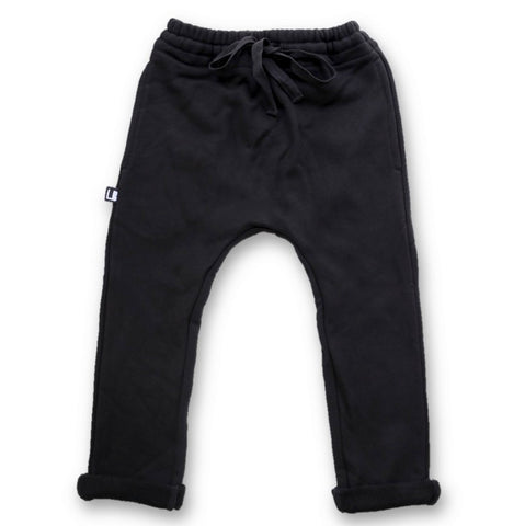 BLACK IS THE NEW BLACK KIDS SLIM FIT JOGGER WITH POCKETS