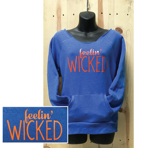 Feelin' Wicked Ladies Fleece Alternative Pullover / Halloween Spirit / Wicked Ways / Fall Clothing / Ghosts Witches Ghouls / Stay Creepy