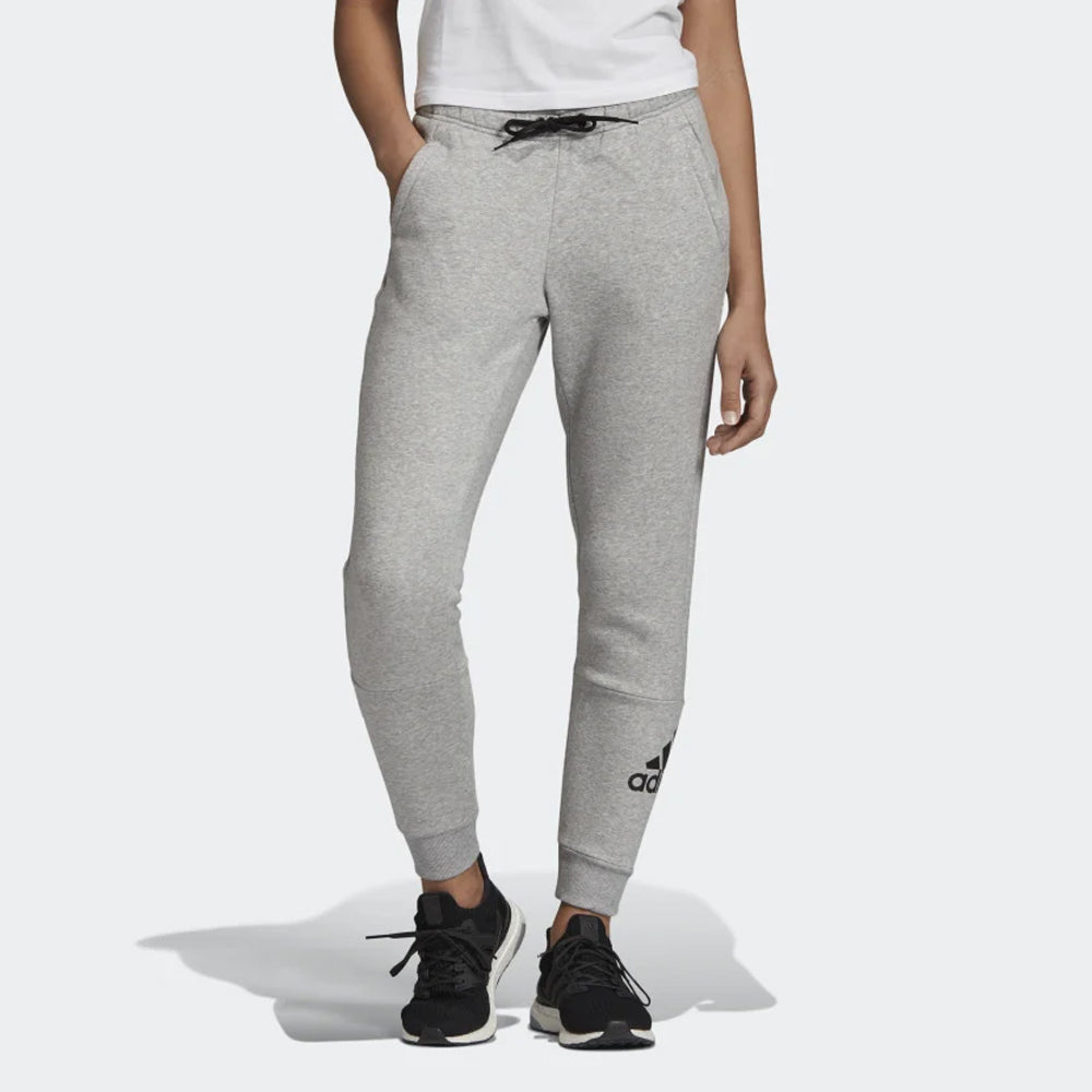 ADIDAS PANTALON BADGE OF SPORT FEM.