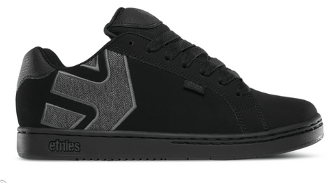 Etnies Fader planete snowboard Victoriaville