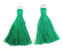 Findings: Hand Crafted Thread Tassel - Emerald (2pcs)