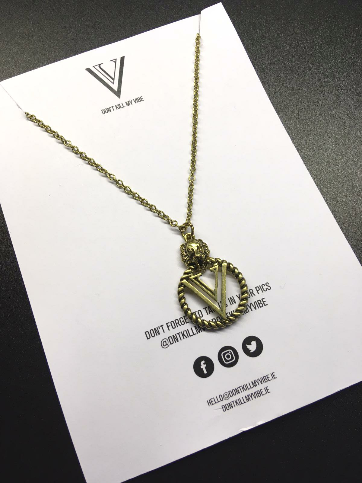 Vucci Gang Necklace 🖤