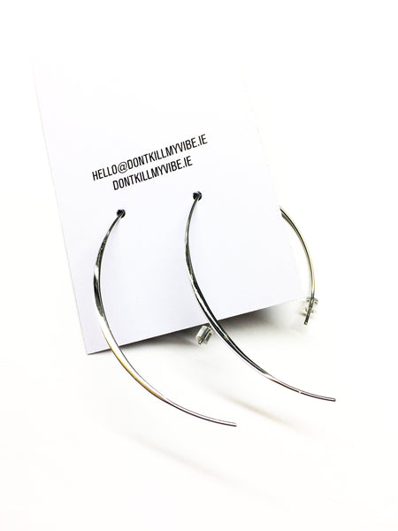 The Curved Spear Silver Earring