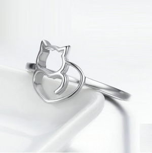 Cat Heart Ring Sterling Silver | Loulu Charms