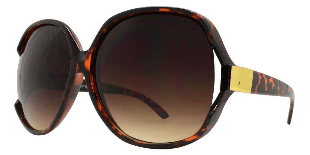 Wholesale - 7376 - Large Square Sunglasses with Metal Accent Temple - Dynasol Eyewear