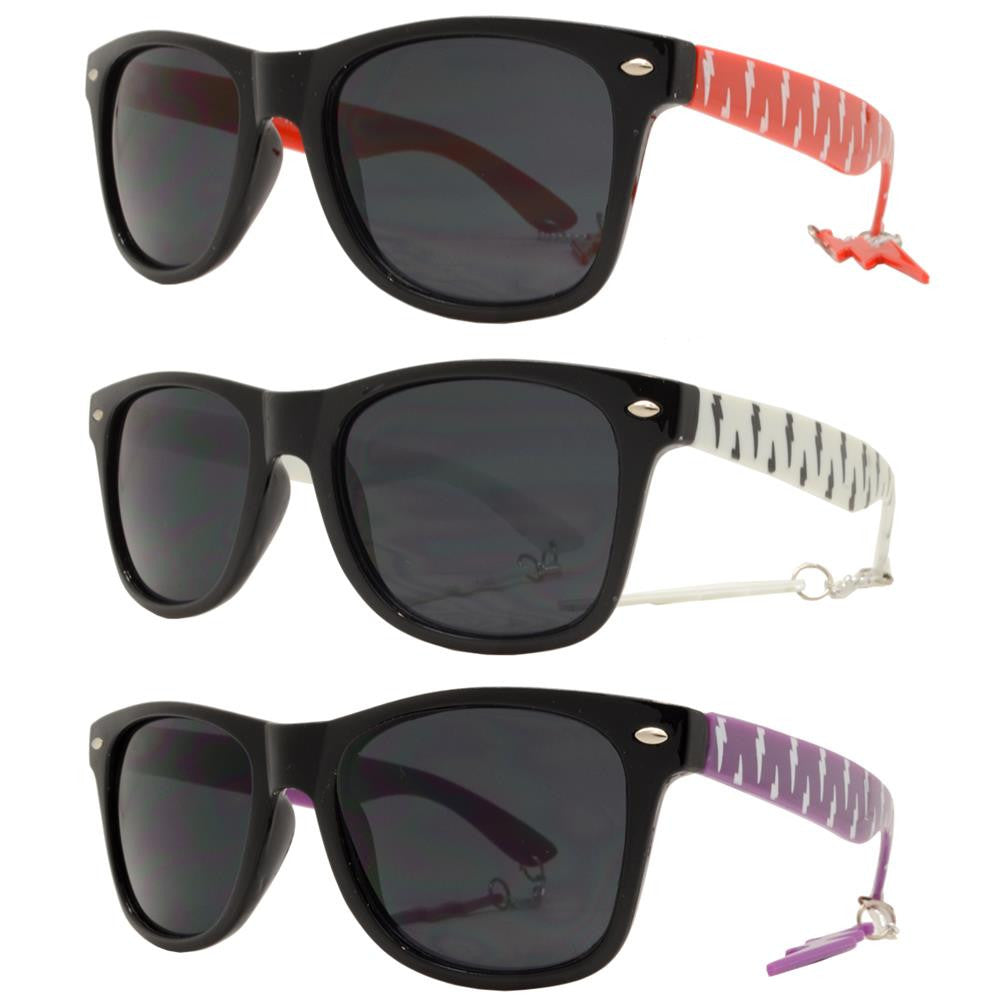 Dynasol Eyewear - Wholesale Sunglasses - 7753 - Classic Horn Rimmed Sunglasses with Thunderbolt Design Temple - sunglasses
