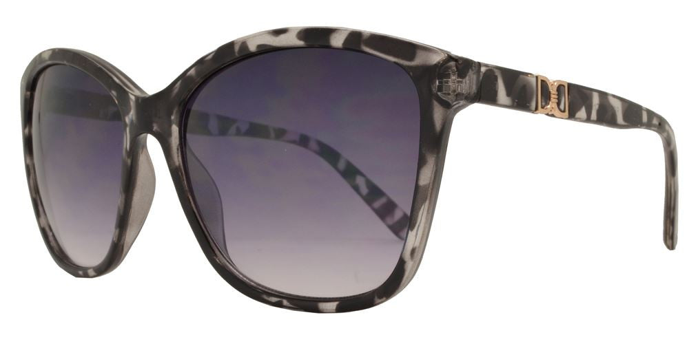 Wholesale - FC 6169 - Square Horn Rimmed Women Plastic Sunglasses - Dynasol Eyewear