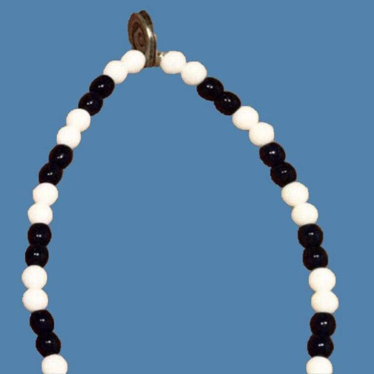 The Vinny - Spurs glass bead bracelet - Football Shirt Collective