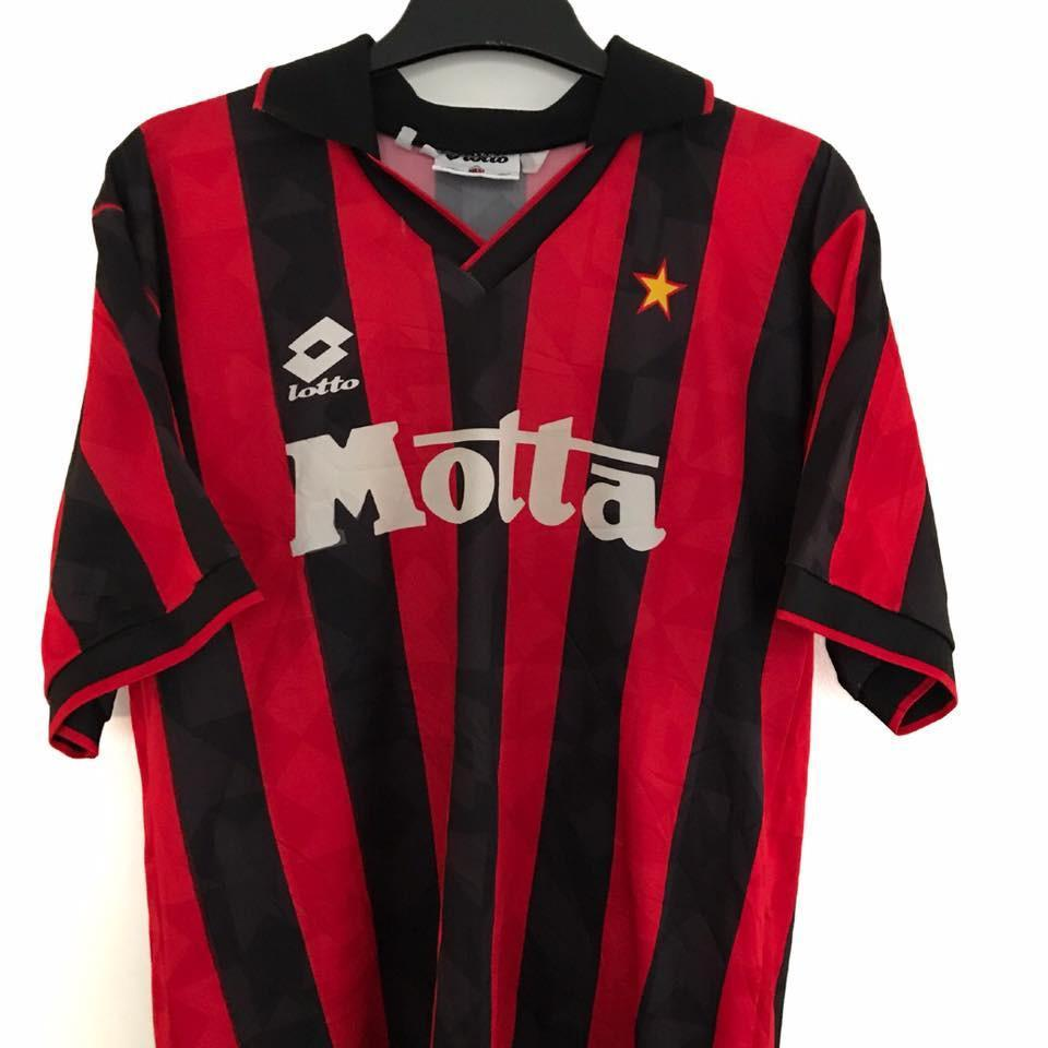 Football Shirt Collective 1993-94 AC Milan football shirt L