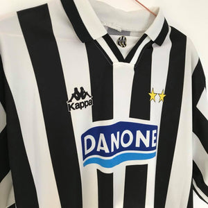 Football Shirt Collective 1994-95 Juventus home shirt XL