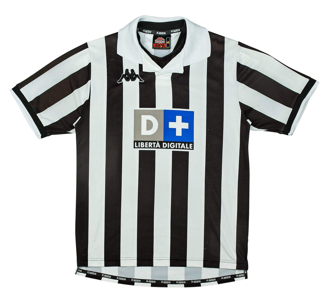 Football Shirt Collective 1998-99 Juventus home shirt S