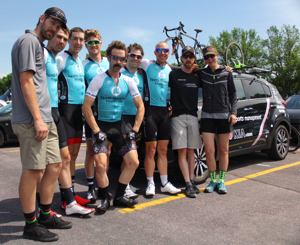 Your North Memorial Men's Pro Team hit squad for 2016! Photo: Iain Patterson/blueeyesandahat