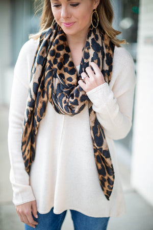 Essential Leopard Scarf - Brown