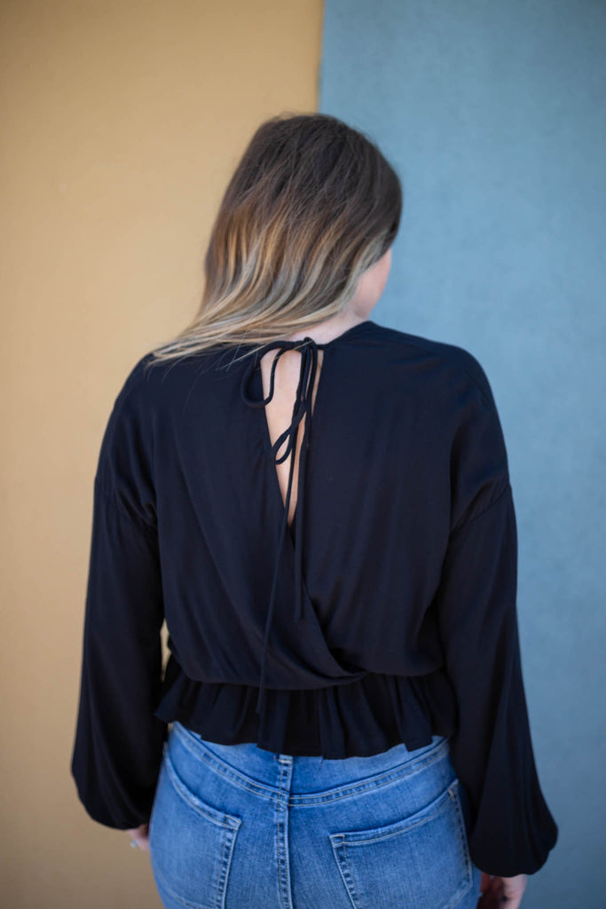 Come With It Ruffle Crop - Black