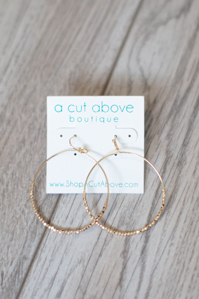 So Gold + Chic Hoop - A Cut Above Boutique