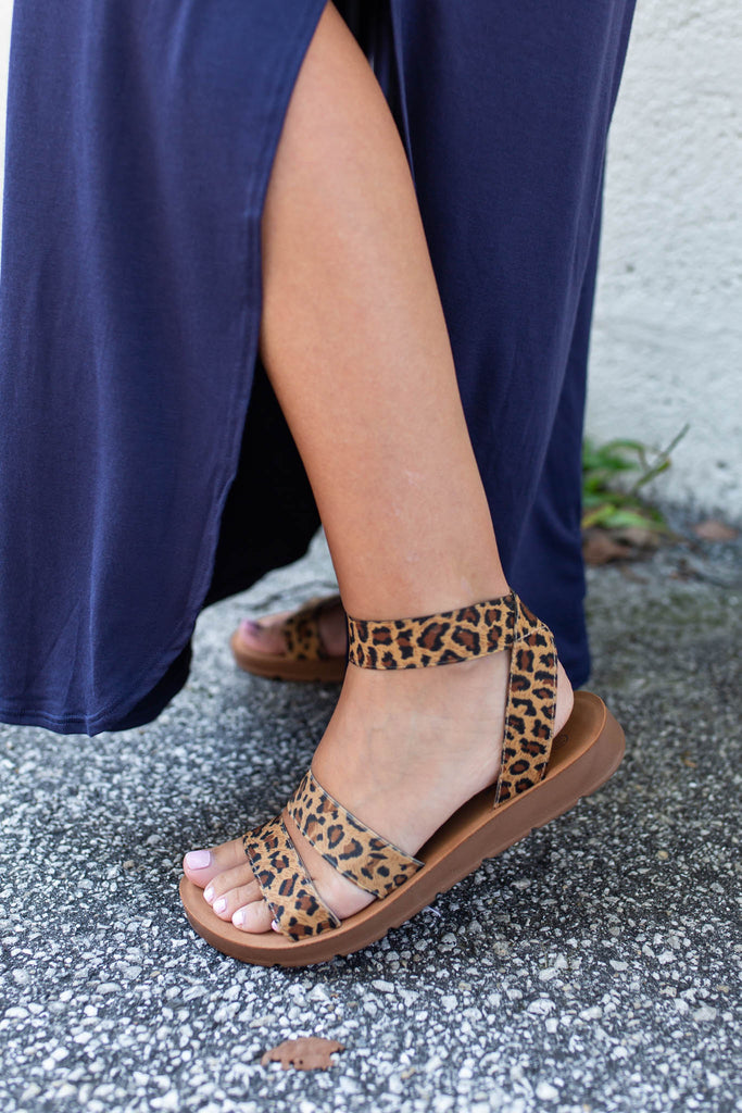 The Maddy Sandal- Leopard