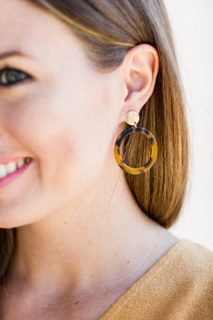 I've Seen It All Tortoise Earring - A Cut Above Boutique