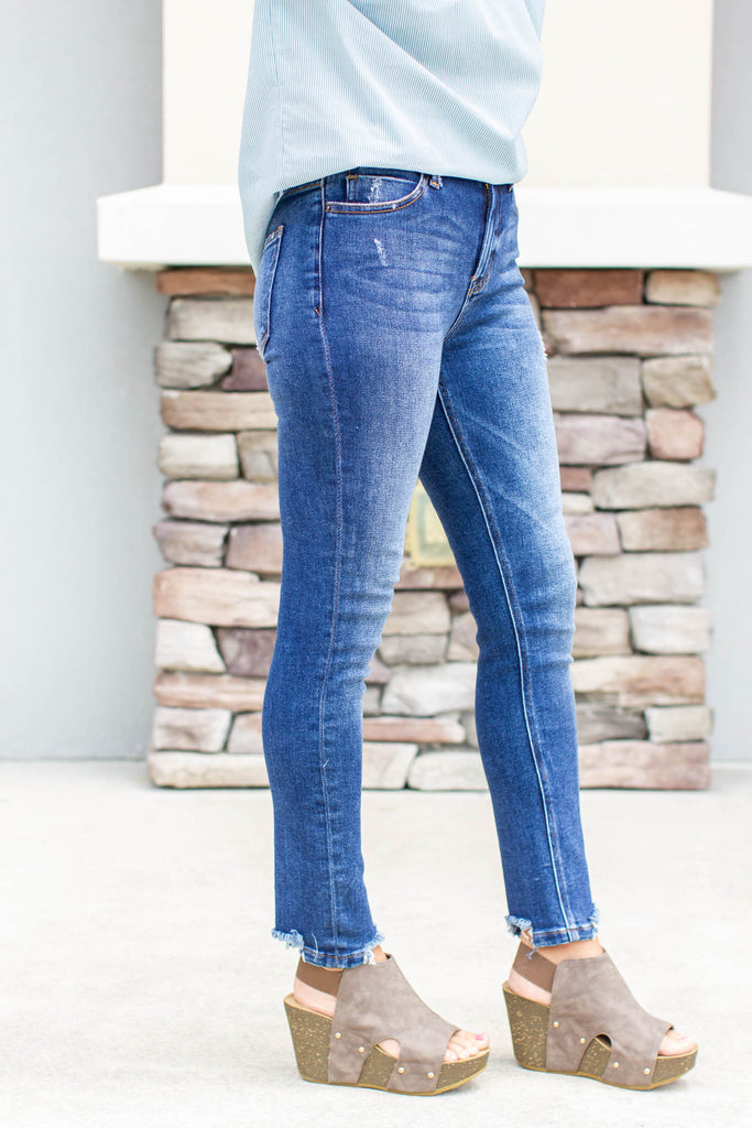 Skip It Frayed High Rise Jean