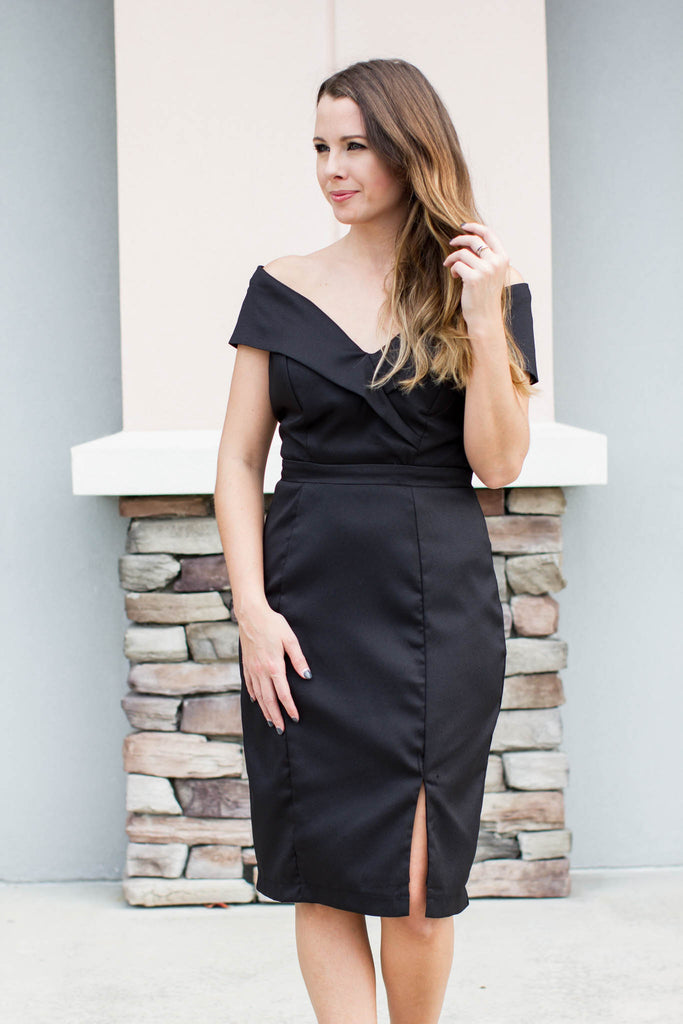 Show Some Shoulder Dress - Black