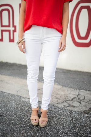 I'm Free White Mid-Rise Skinny Jean - A Cut Above Boutique