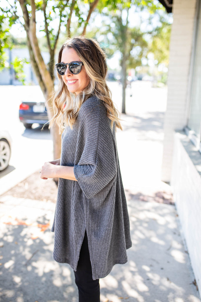 City Dreamer Poncho - Charcoal