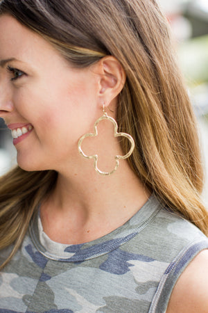 To The Max Hammered Quatrefoil Earring
