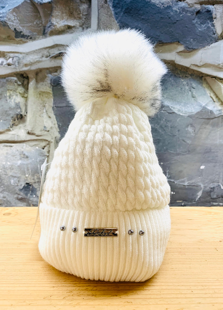 Perfect Ice White Bobble Hat