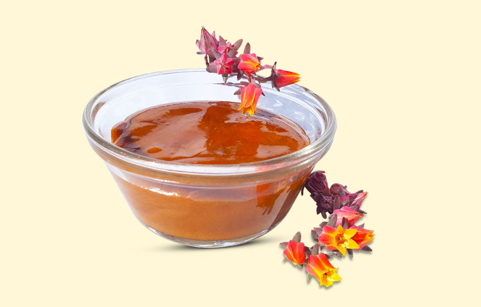 ALMOST PEGGY Face Honey removes makeup gently, without the need for chemicals or harsh, damaging rubbing.