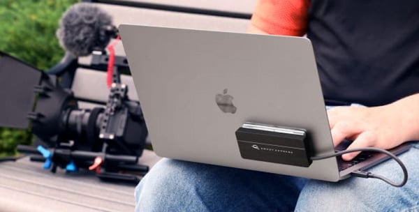 World's first Thunderbolt™ certified bus-powered 'add your own drive' enclosure