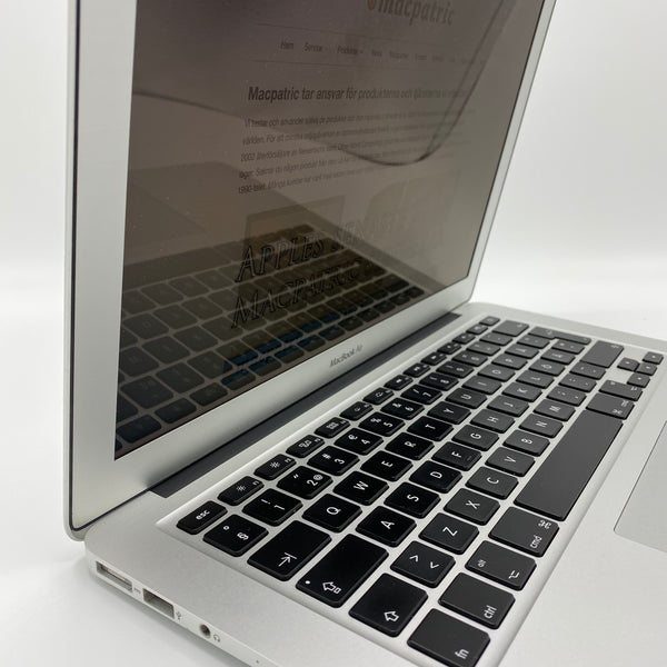 "Begagnad MacBook Air 13"" (Tidig 2015)"