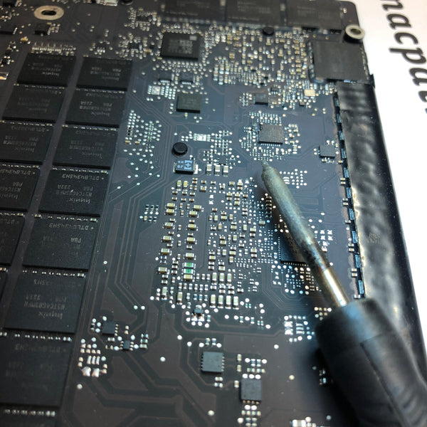 "Reparation av grafikkort på MacBook Pro Retina 15"" Mid 2012-Early 2013"