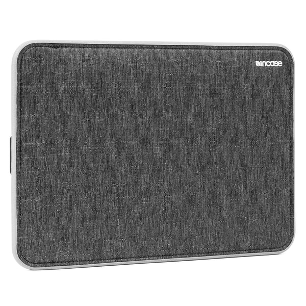 "Incase 13-tums ICON-fodral med Tensaerlite för Macbook Air 13"" - Macpatric"