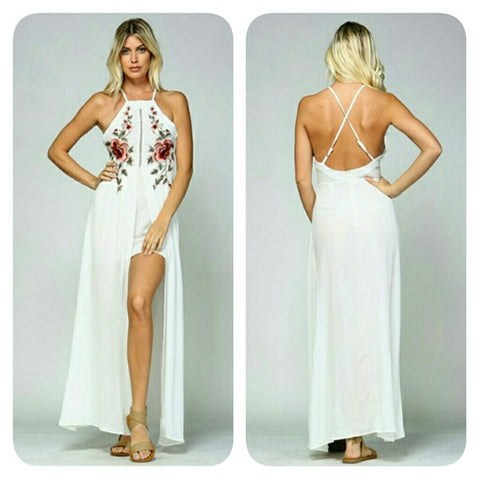 🚨SALE🚨 Floral embroidered maxi mini white dress