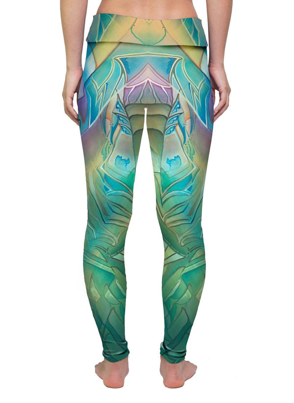 THE SUN SHINES FOR ALL WITHOUT RESERVATION ACTIVE LEGGINGS