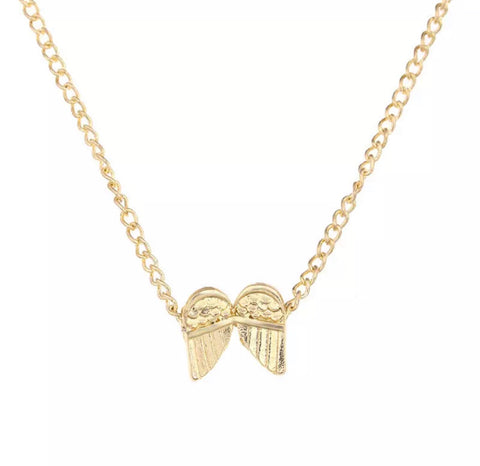 Necklaces - Single Gold Chain with Angel Wings Pendant