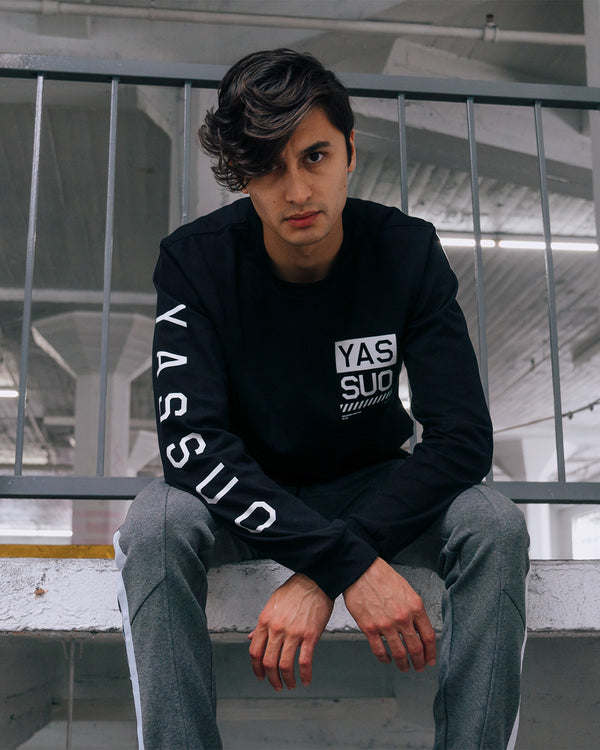 "Yassuo ""Wanderer of NYC"" Long Sleeve Black Tee"