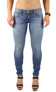 Dana Low Rise Skinny Light Wash