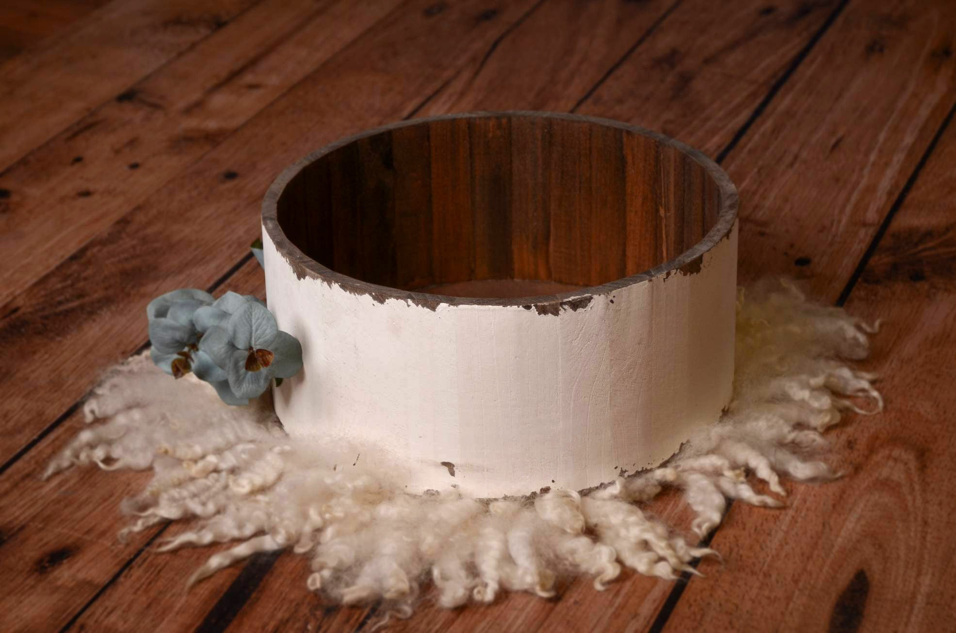 Rustic Bucket - 14in - White-Newborn Photography Props