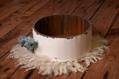 Rustic Bucket - 14in - White