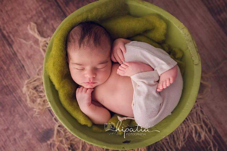 Vintage Bowl - Green-Newborn Photography Props