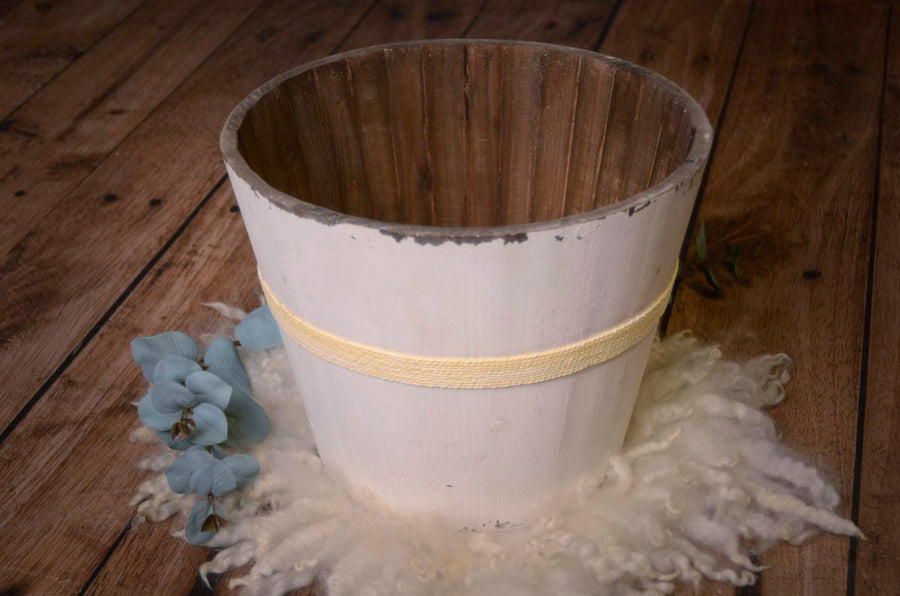 Rustic Bucket - 12in - White