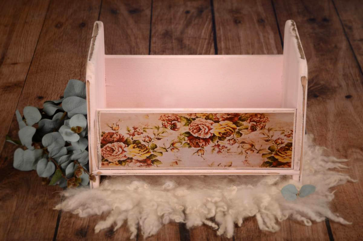 Vintage Crib - Pink Printed Side-Newborn Photography Props