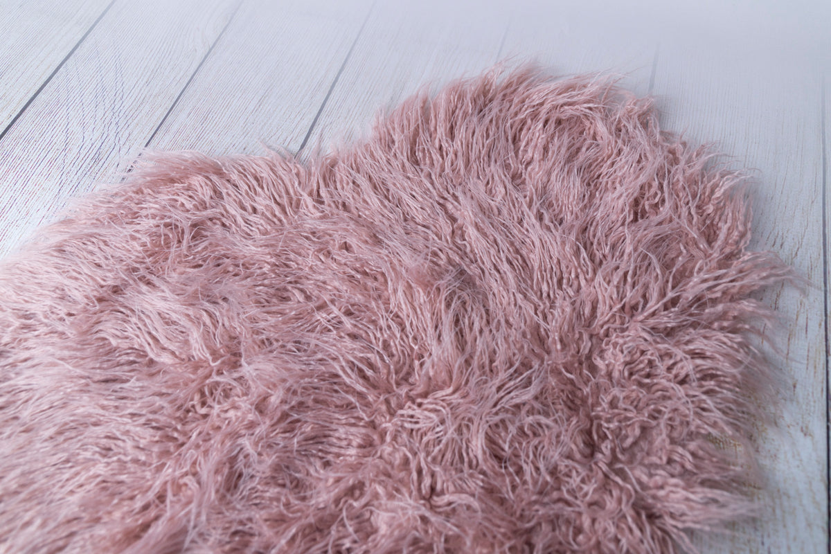 Mongolian Faux Fur - Heart Shaped - Soft Mauve
