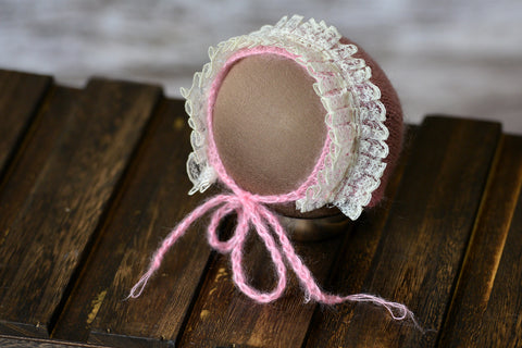 Mohair Bonnet with Lace - Light Pink